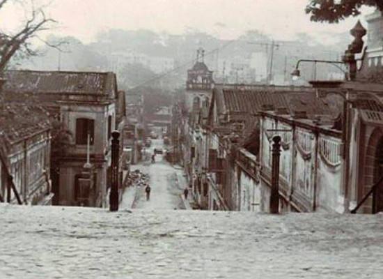 瘋堂斜巷 Calçada da Igreja de S.Lázaro