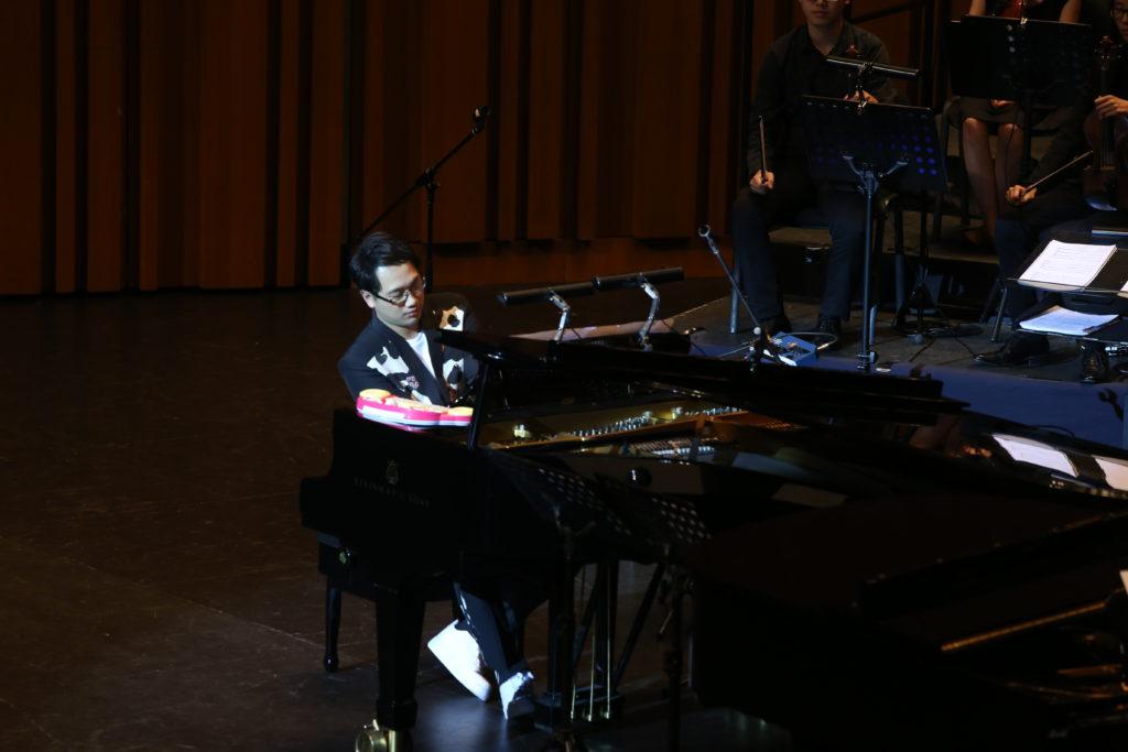 琴鍵之間看音樂培育